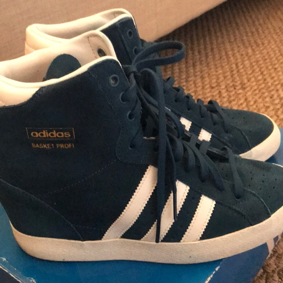 le adidas donne scarpe cuneo poshmark